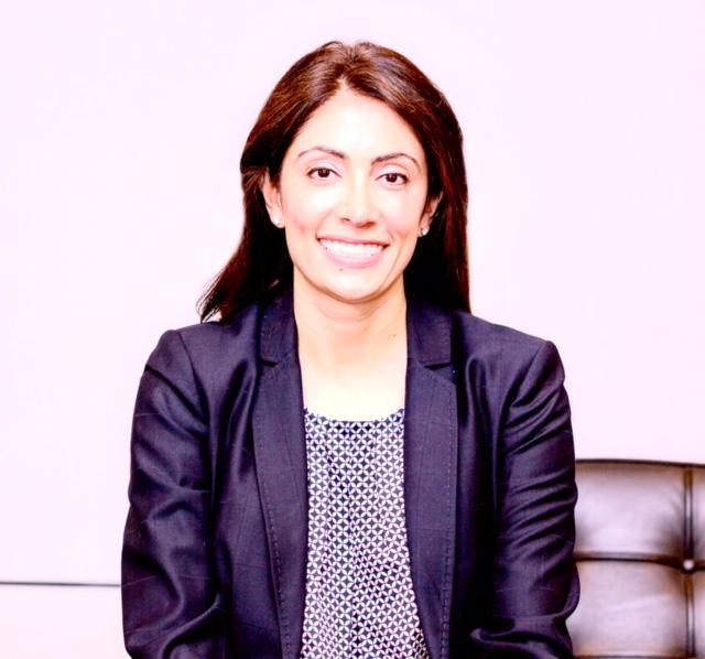 Tawni  Koutchesfahani
