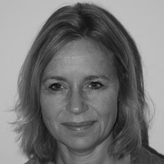 Stephanie  Volkers
