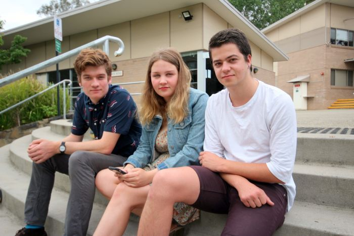 University students find it impossible to compete for rental accommodation in Canberra