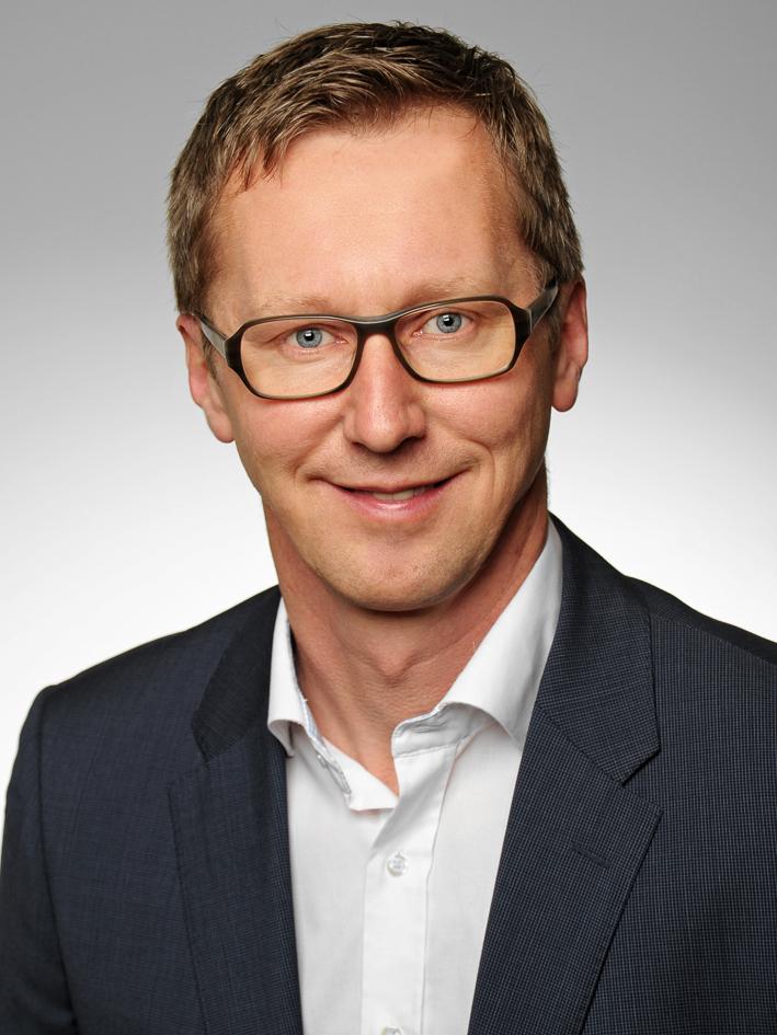 Gerhard  Riehl
