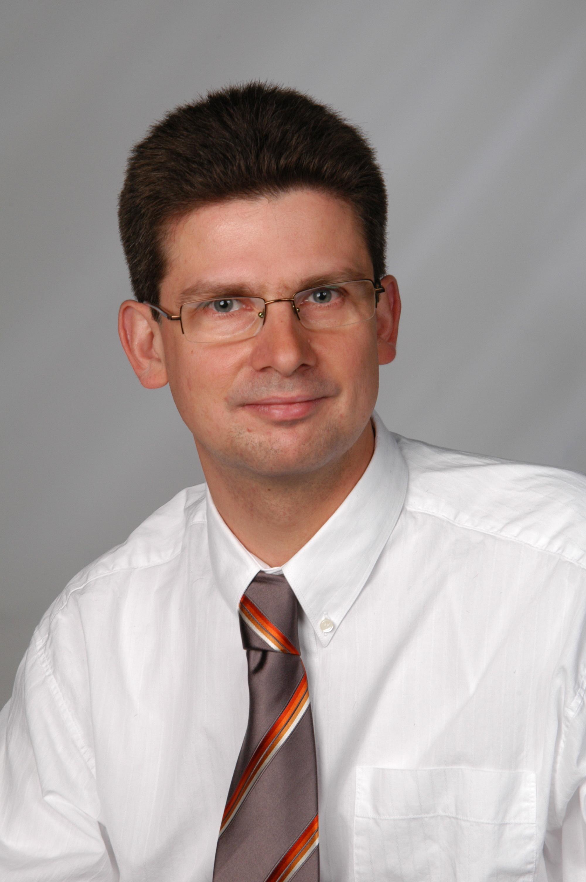 Dr. Thorsten Ullrich