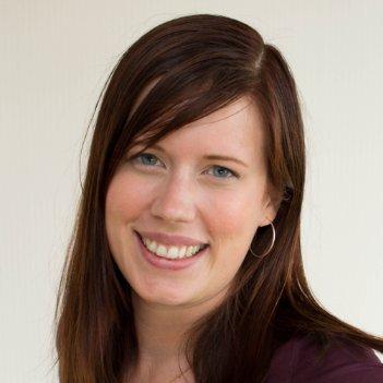 Dr.  Annika Larsson