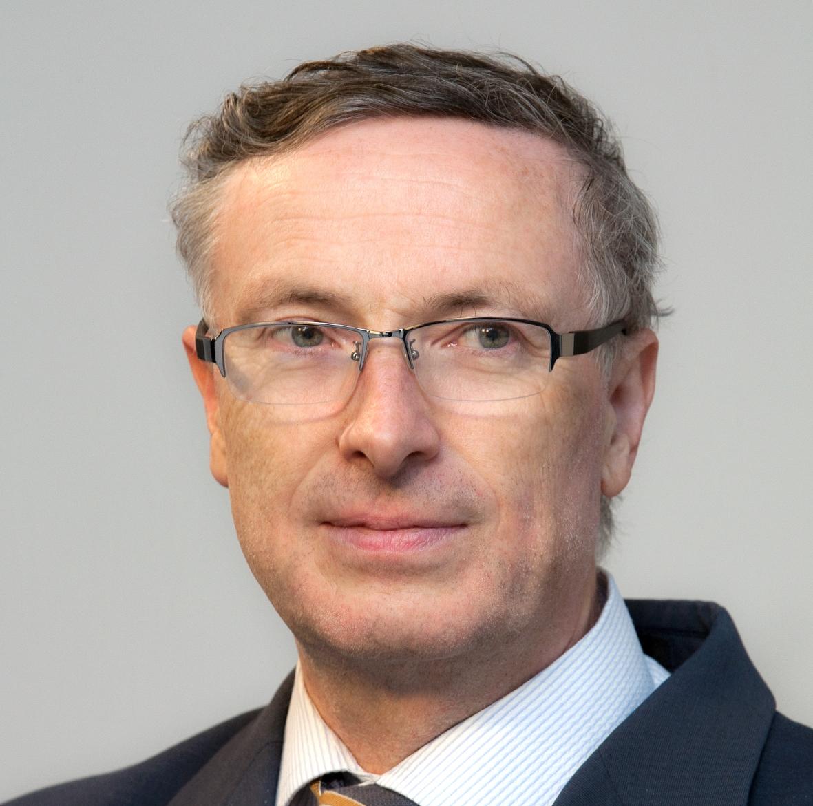 Dr. Florent Frederix