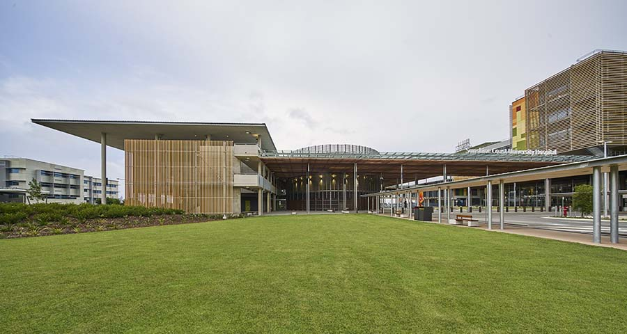 Delivering a tertiary teaching hospital as a PPP project Sunshine Coast University Hospital
