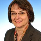 Dr. Maria Binfet-Kull, Fuctional Safety Expert and intacsTM Competent Assessor at Volkswagen AG