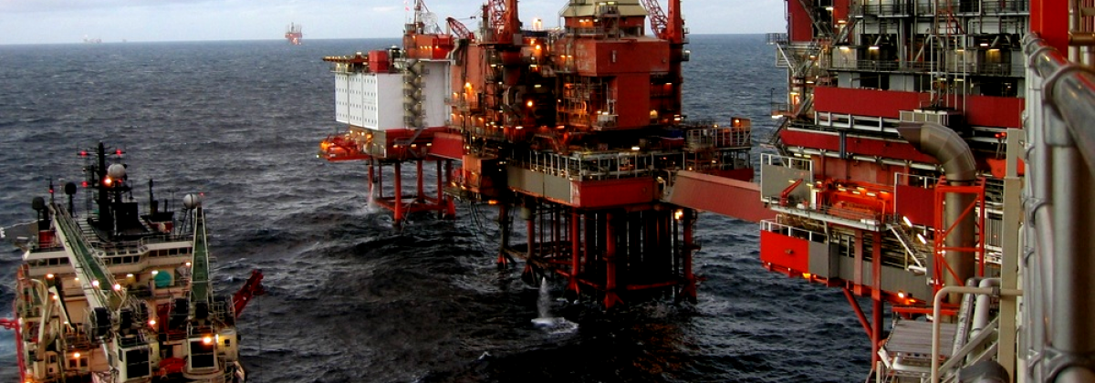 Stage oil rig red