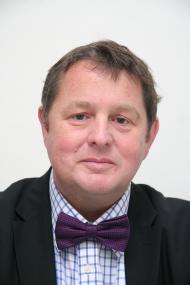 Dr. Stephan Wolke