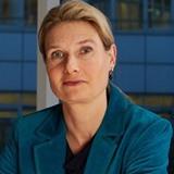 Dr. Nicole Schenk
