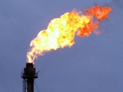 http://www.desmogblog.com/sites/beta.desmogblog.com/files/blogimages/exxon-gas-flaring-photo01.jpg