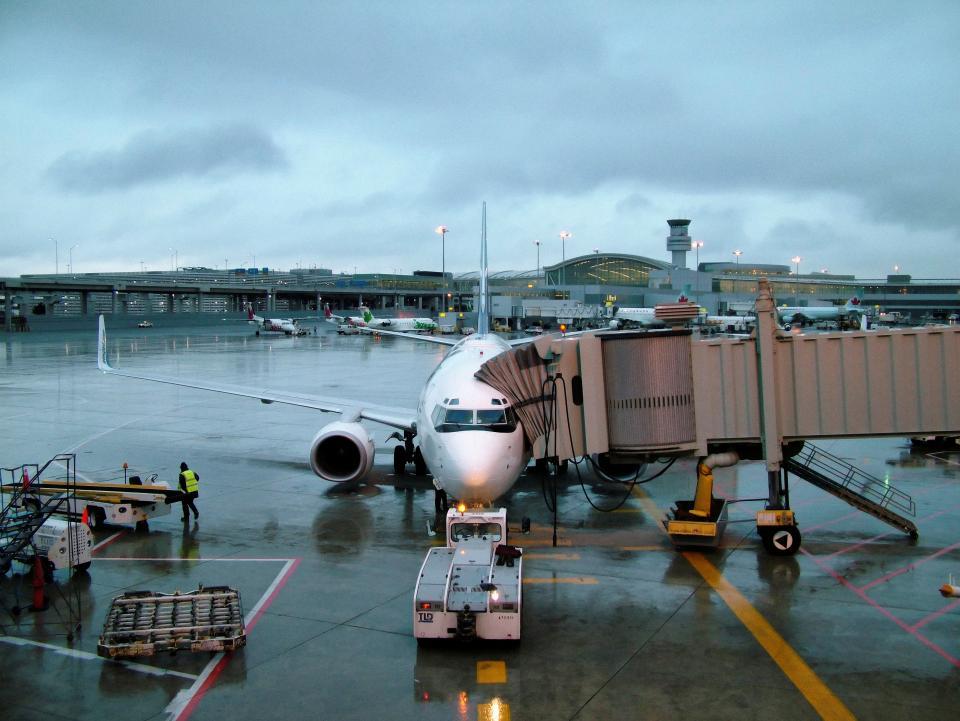 Airplane Terminal Loading