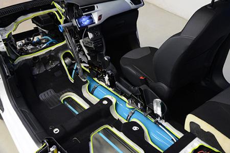 photo Peugeot_hybrid_interior_zps875d8d67.jpg