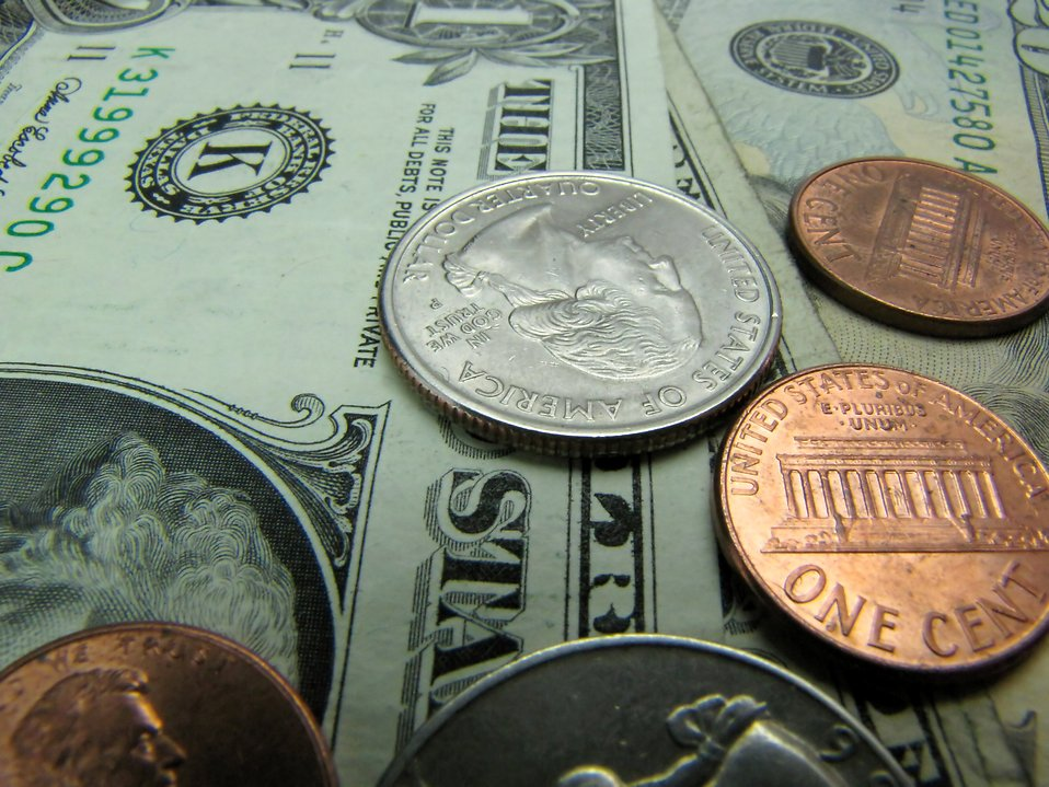 http://www.freestockphotos.biz/pictures/2/2744/money.jpg