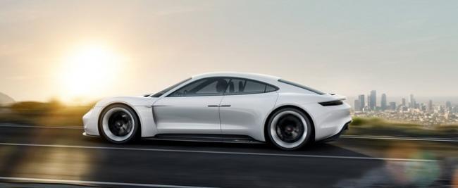 Porsche E Concept IAA 2015